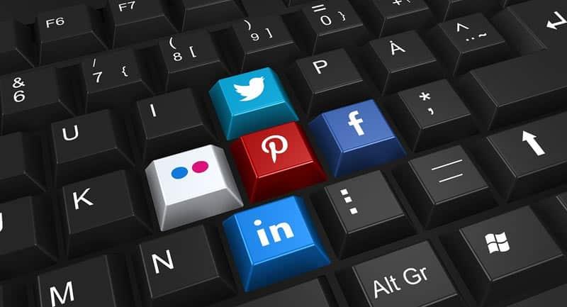 Comment faire briller votre entreprise sur les réseaux sociaux ?